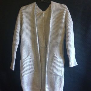Sweaters - Staple Gray Sweater